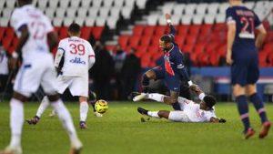 Neymar: Paris St-Germain say Brazil forward's injury news is 'reassuring'