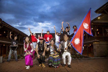 बरिष्ठ गीतकार हरि गोपाल प्रधानद्वारा रचित 'चन्द्र सूर्य' राष्ट्रिय गीतको भिडियो तयारी