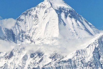 पहिलो पटक नेपाली महिलाहरु श्रेष्ठ र शेर्पा धौलागिरी हिमालमा सफल आरोहण